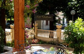Petit Chateau Bed and Breakfast - Montecatini Terme-2