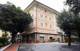 Nuovo Hotel Casa Rossa - Montecatini Terme-0